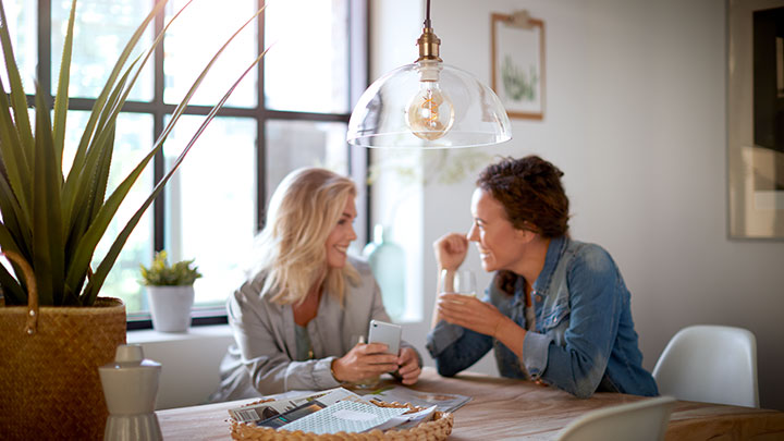 Create the right mood with Philips LED light bulbs